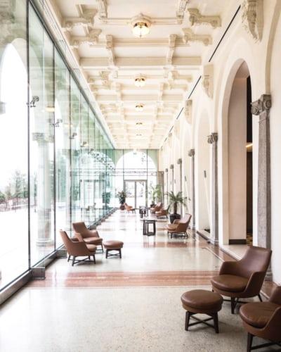Steklena notranja vrata so vrata modernega designa
