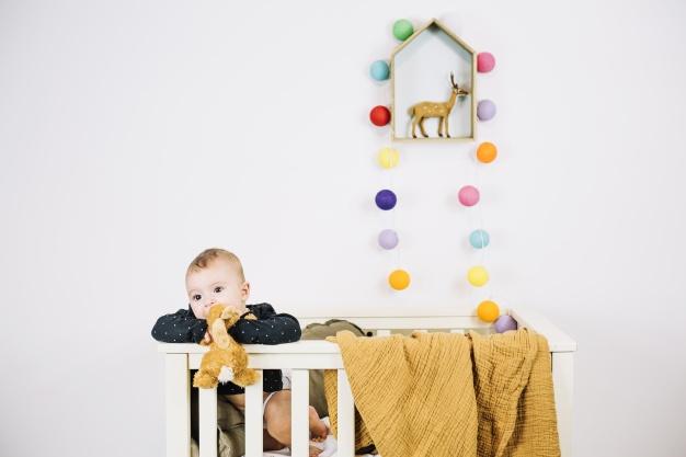 otroška postelja