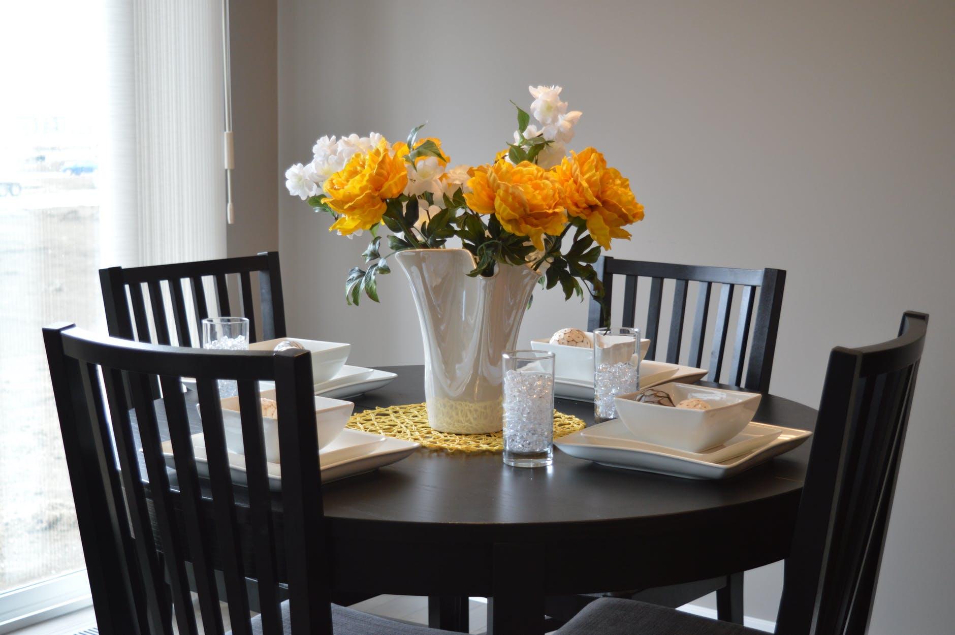 stoli za jedilnico